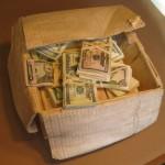 Как превратить деревянный брусок в полную денег коробку
