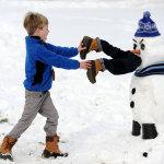 30 безумных снеговиков скрасят зимние деньки