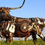 Старая сельскохозяйственная техника и металлолом превращаются… в скульптуры поразительной красоты!
