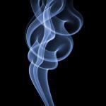 Фотограф потратил 3 месяца и сделал 100000 снимков, чтобы «поймать» клубы дыма идеальной формы
